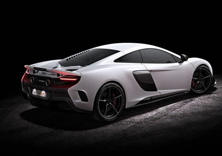 McLaren-675LT-17