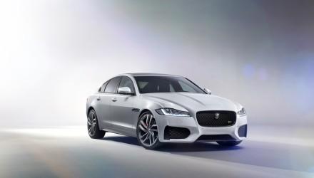 Jaguar XF 2016 (6)