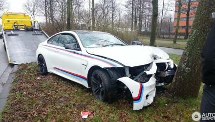 bmw m4 acidente 1