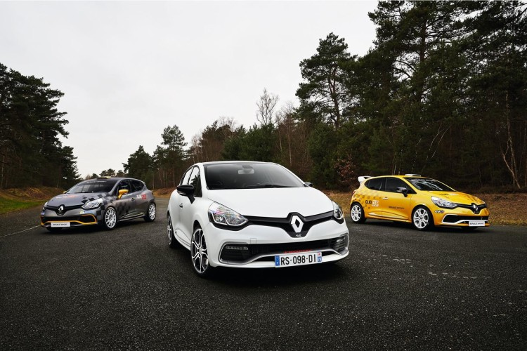 renault_clio_rs220_trophy_3