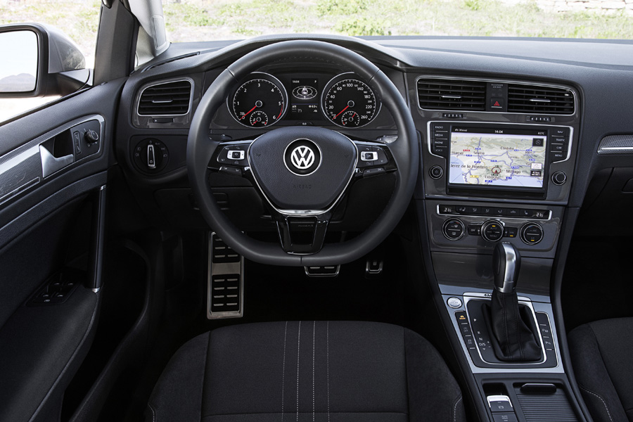 vw golf variant gtd e alltrack j est o venda em portugal. Black Bedroom Furniture Sets. Home Design Ideas