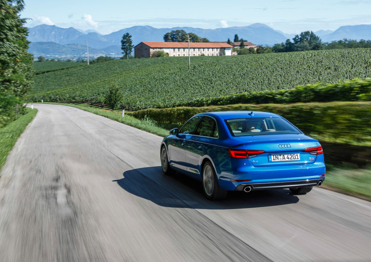 Audi A4 2016-36
