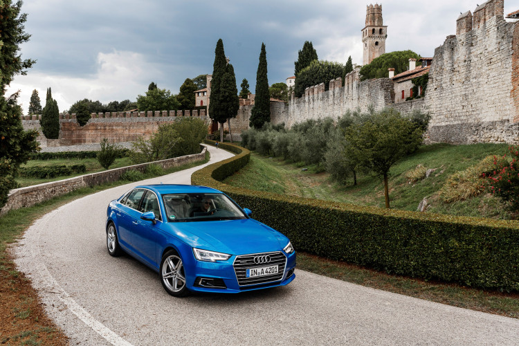 Audi A4 2016-7