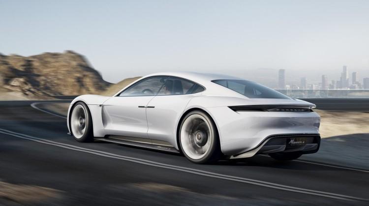 Porsche_Mission_E_2015_05