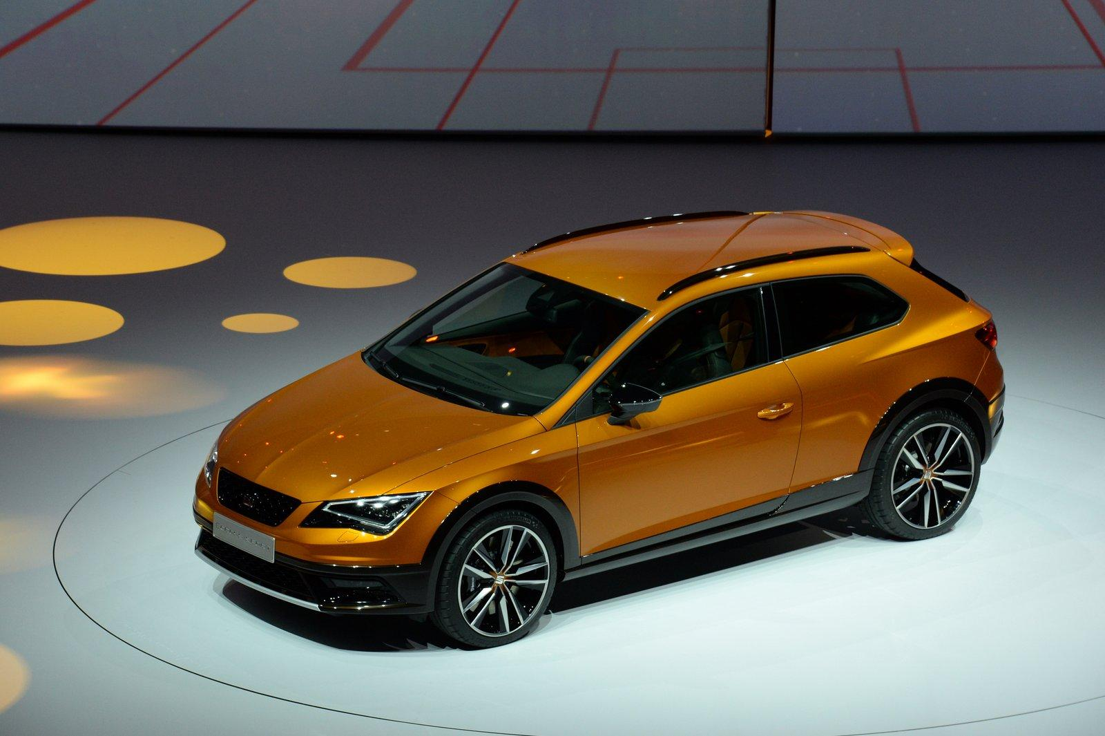 seat leon cross sport concept apresentado em frankfurt. Black Bedroom Furniture Sets. Home Design Ideas