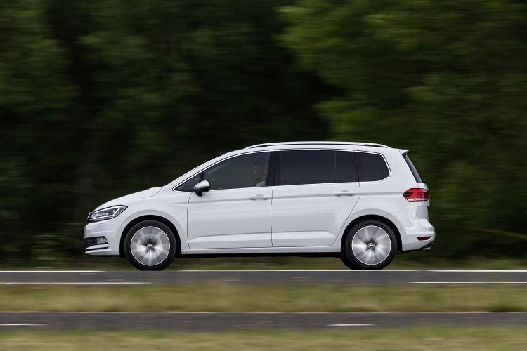 Volkswagen Touran_03