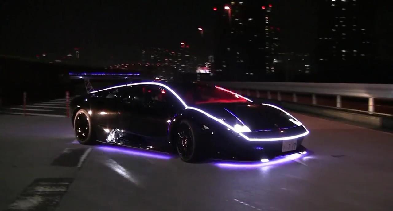 Lamborghini Murciélago pronto para o Natal