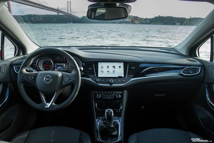 Opel Astra-16