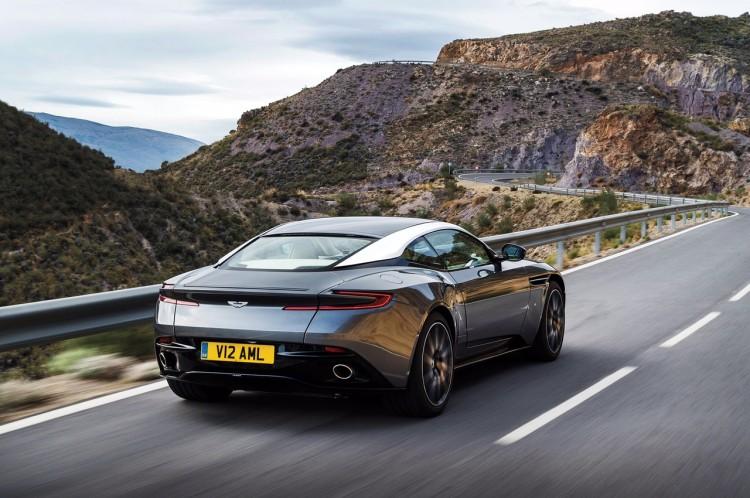 Aston Martin DB11 (4)