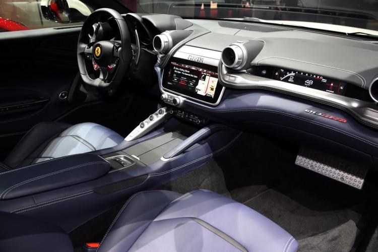 Ferrari GTC4 Lusso (11)