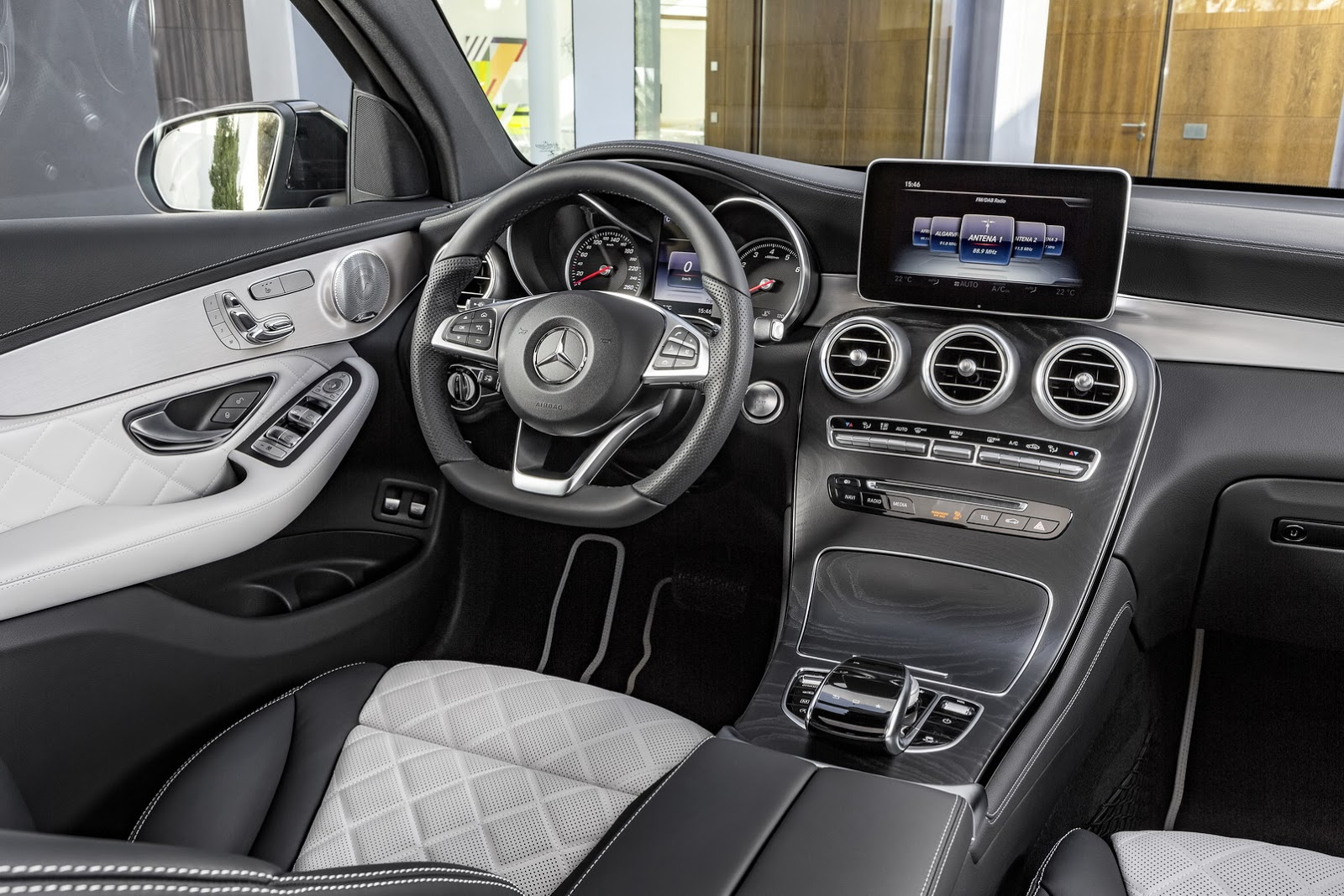 Mercedes-Benz GLC Coupé (18)