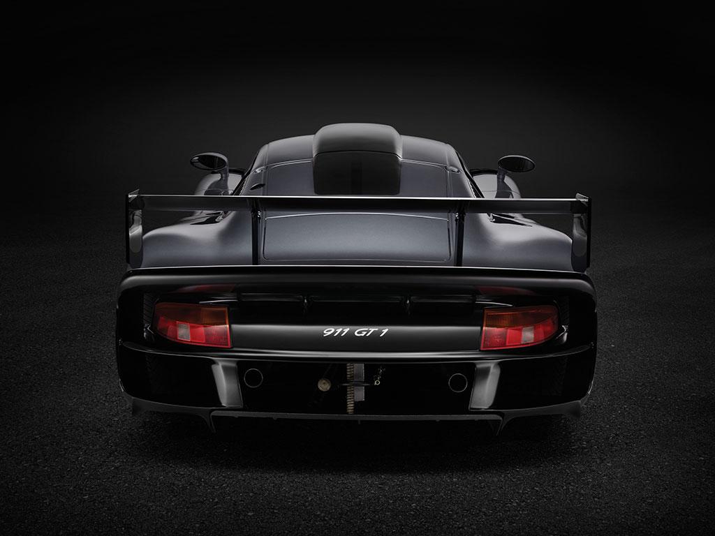 porsche 911 gt1 evolution vendido por milh es de euros. Black Bedroom Furniture Sets. Home Design Ideas