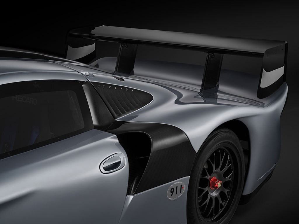 porsche 911 gt1 evolution vendido por milh es de euros. Black Bedroom Furniture Sets. Home Design Ideas