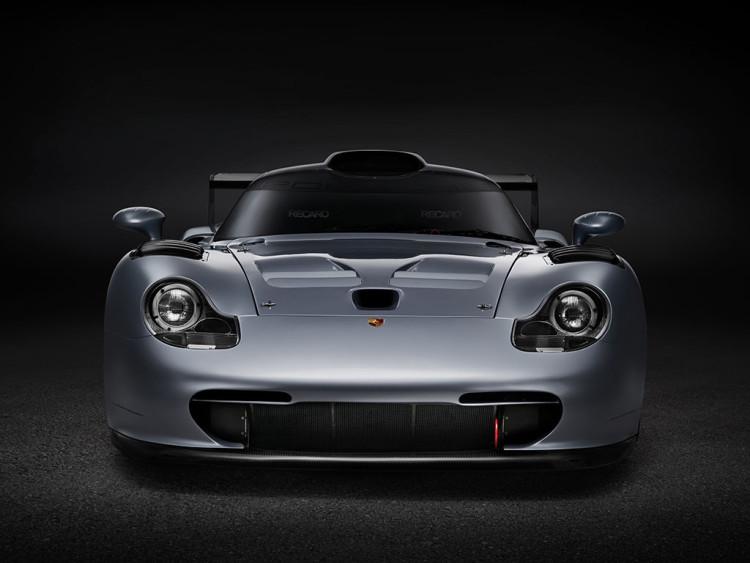 Porsche 911 GT1 Evolution (16)