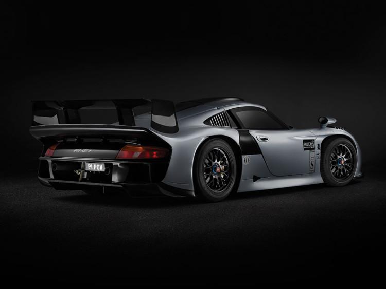 Porsche 911 GT1 Evolution (2)