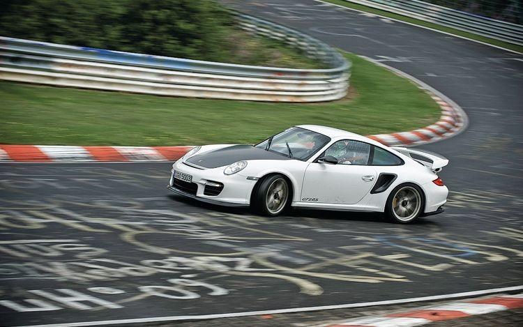 porsche-gt2-rs-drift nurburgring top 10