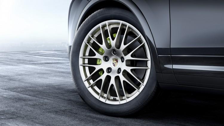 Porsche Cayenne Platinum Edition (9)