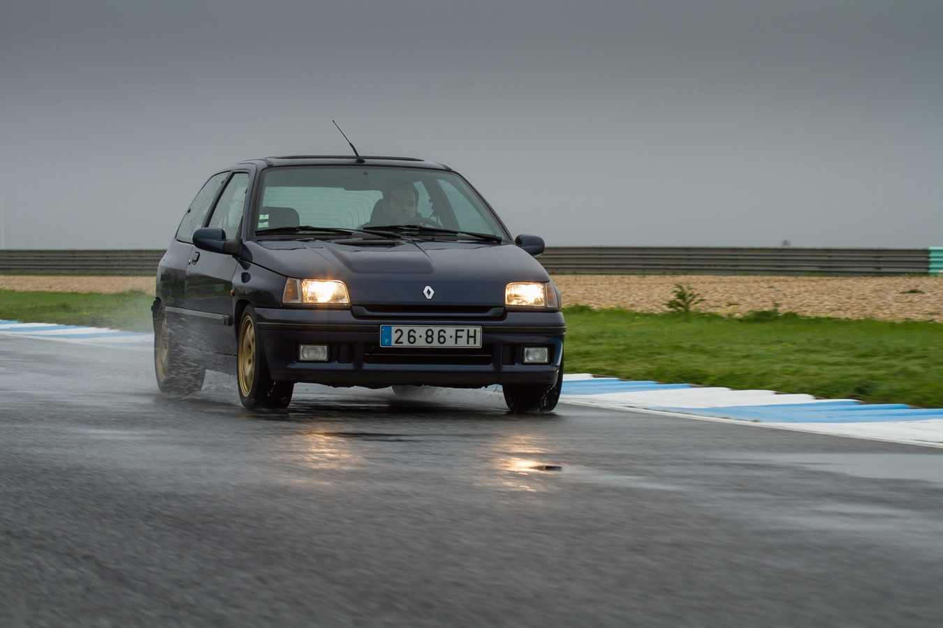 Renault Clio Williams (11)