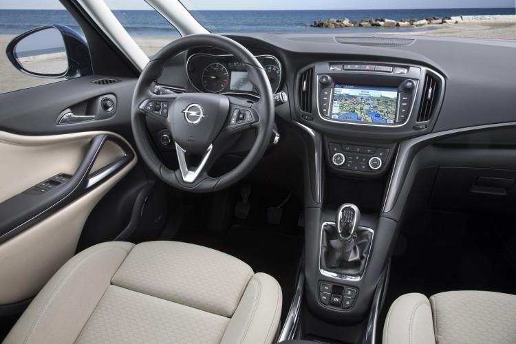 Opel Zafira (12)