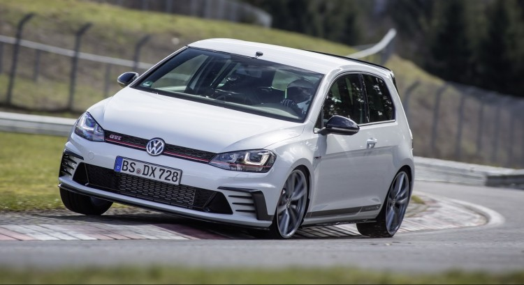 VW-Golf-Clubsport-S-Nurburgring-2
