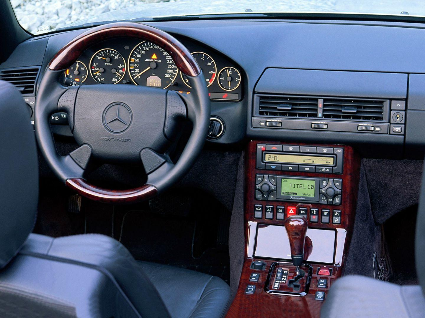 Mercedes-Benz SL 73 AMG, interior