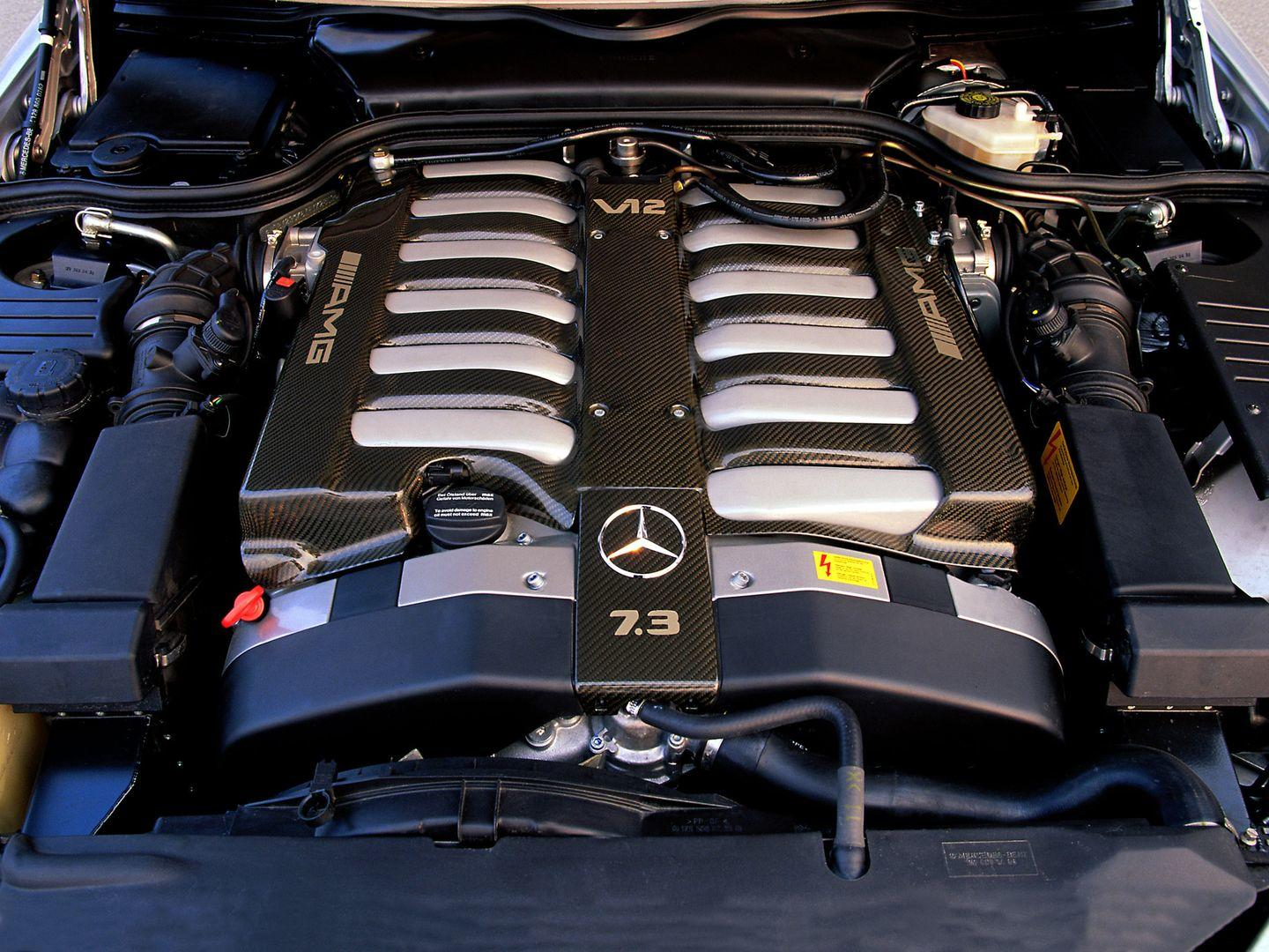 V12 7.2 do Mercedes-Benz SL 73 AMG