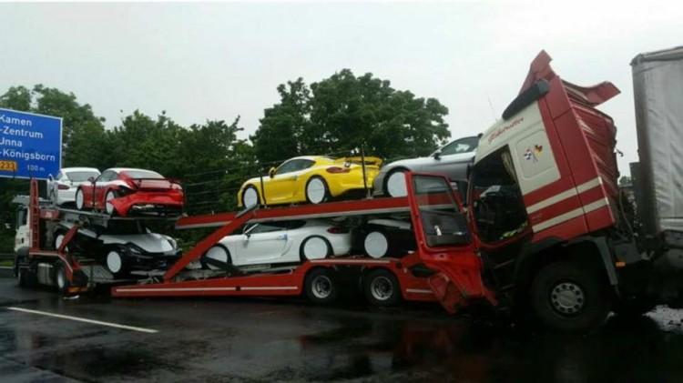Porsche Cayman GT4 (6)