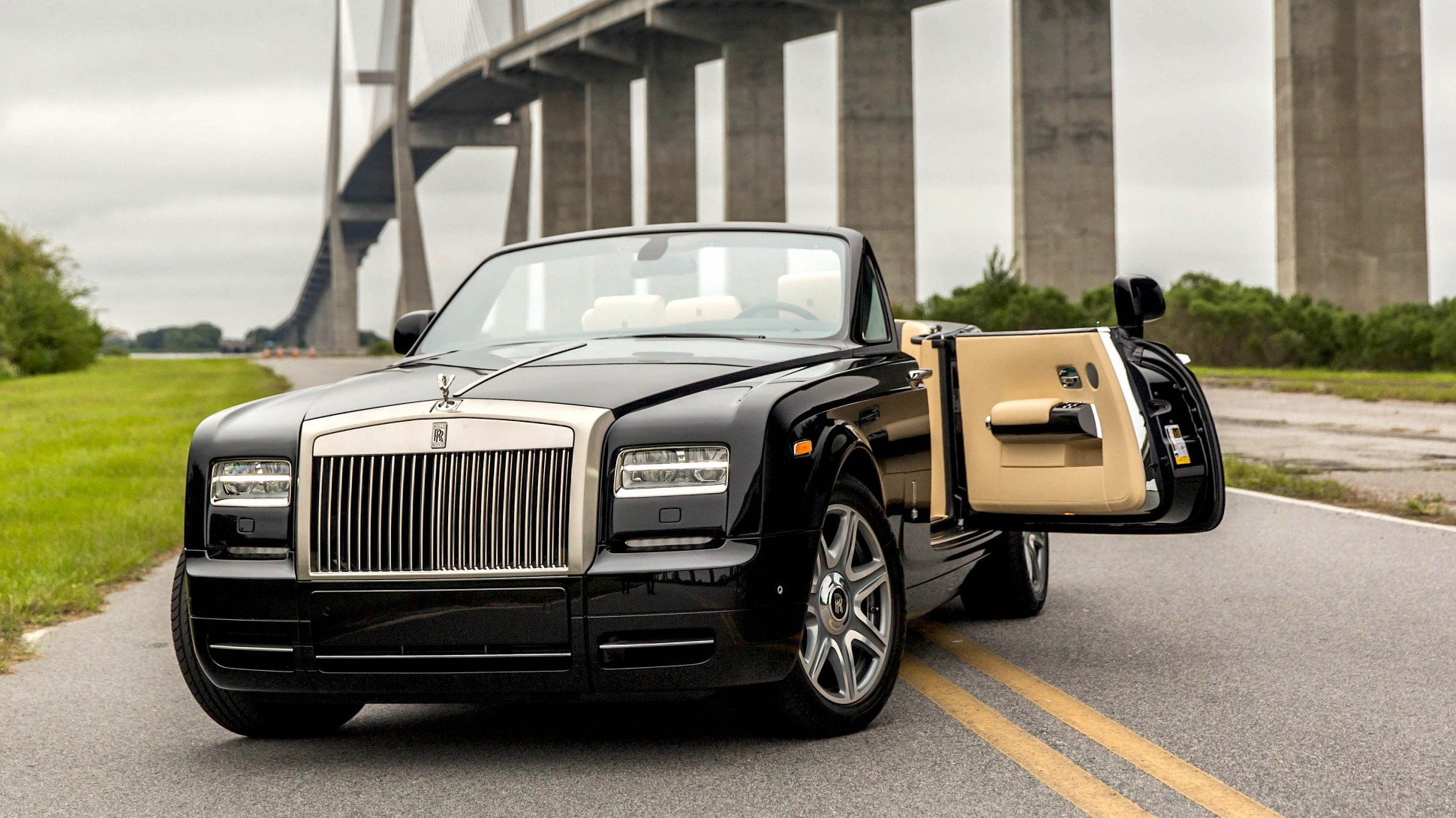 Rolls-Royce Phantom Drophead