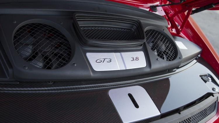 Porsche 911 GT3 (1)