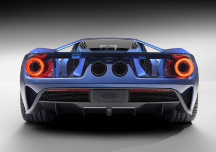 The all-new carbon-fiber Ford GT supercar features fully active aerodynamic components to improve braking, handling and stability, including an active rear spoiler keyed to both speed and driver input.