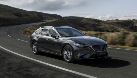 2017 Mazda6_Wagon_Action #03