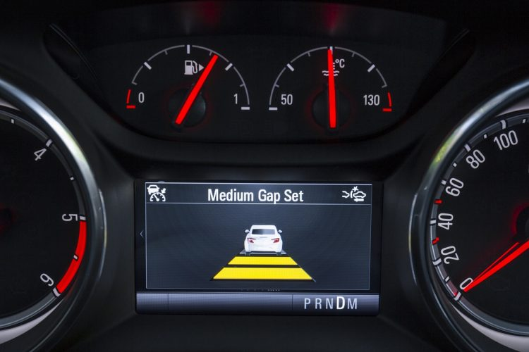 Adaptive Cruise Control for Astra