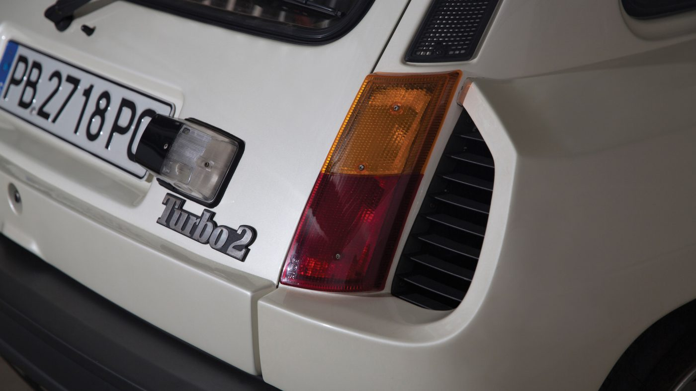 Farol traseiro do Renault 5 turbo 2 1983