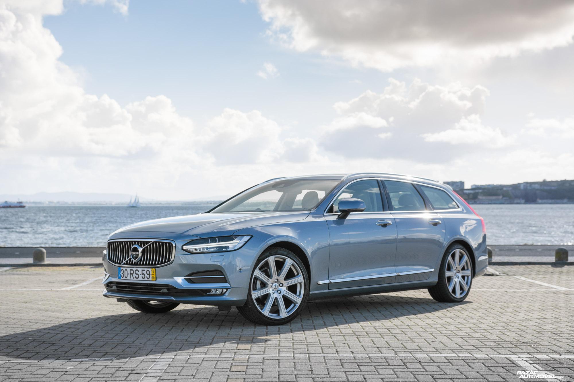 Ca 2017 Volvo V90 (1)