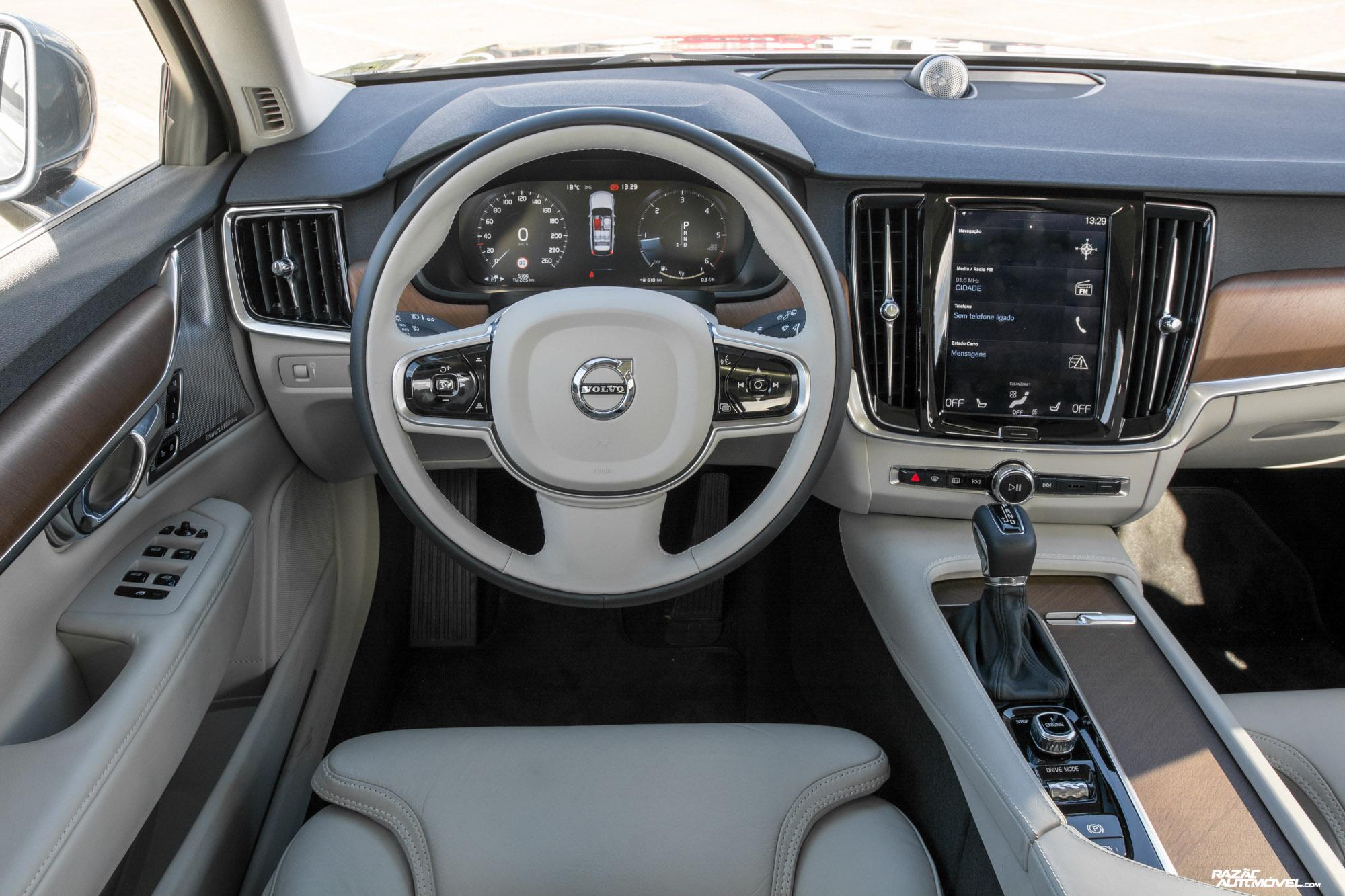 Ca 2017 Volvo V90 (10)