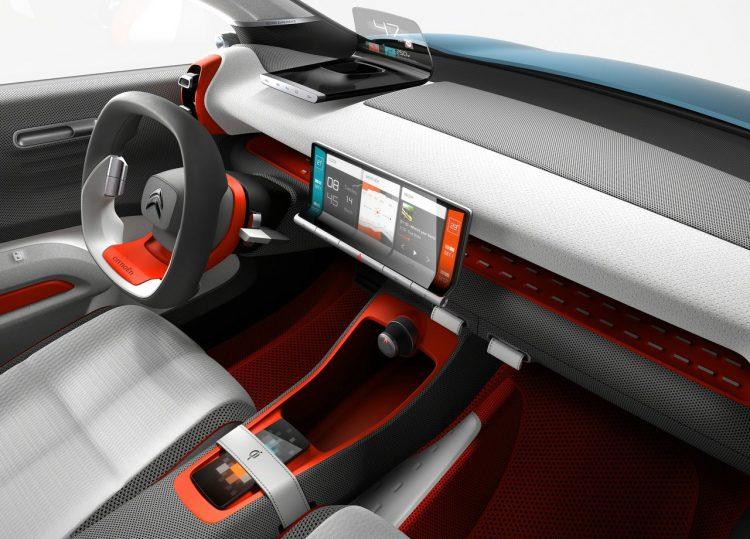 2017 Citroen C-Aircross concept interior