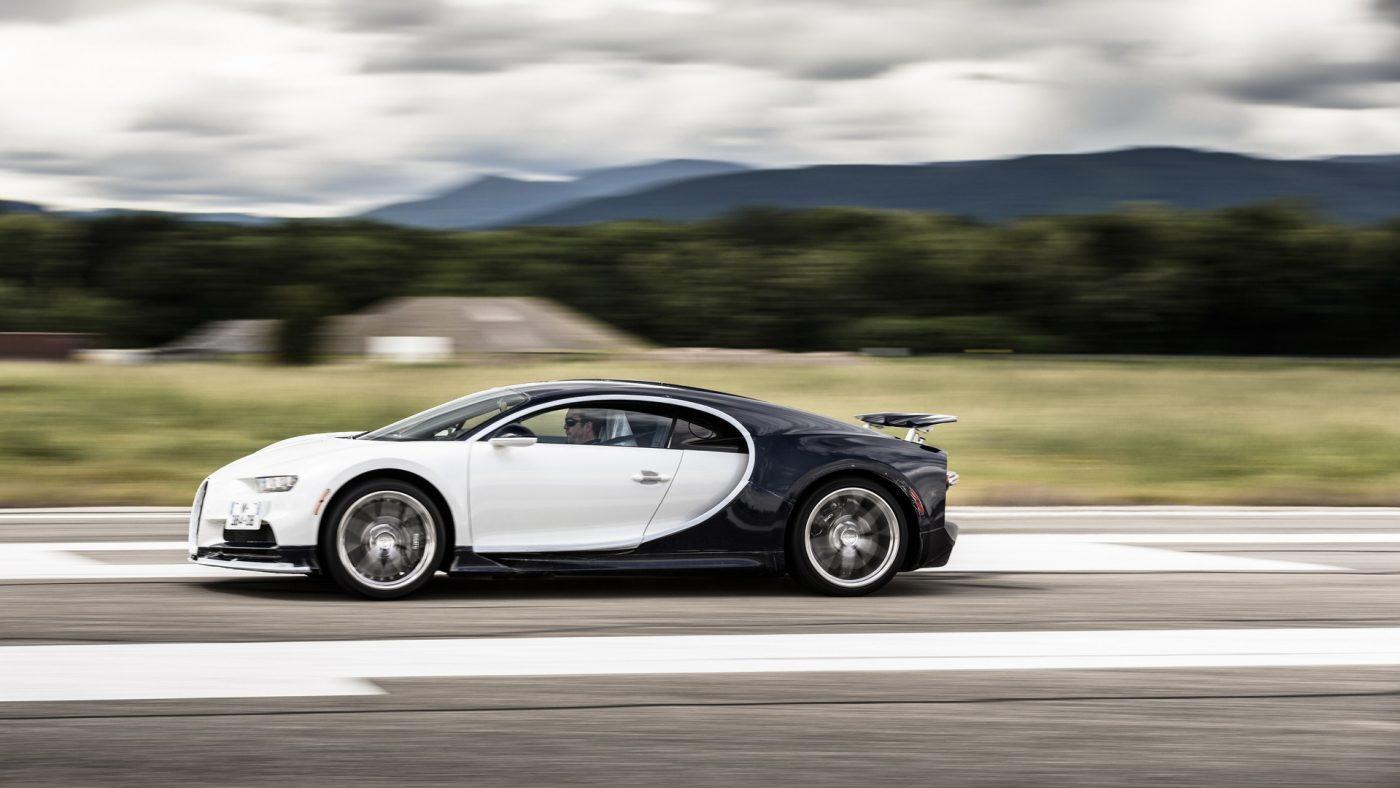 Bugatti Chiron aceleração