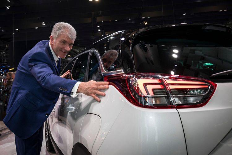 2017 Opel Crossland X em Genebra - detalhe ótica traseira