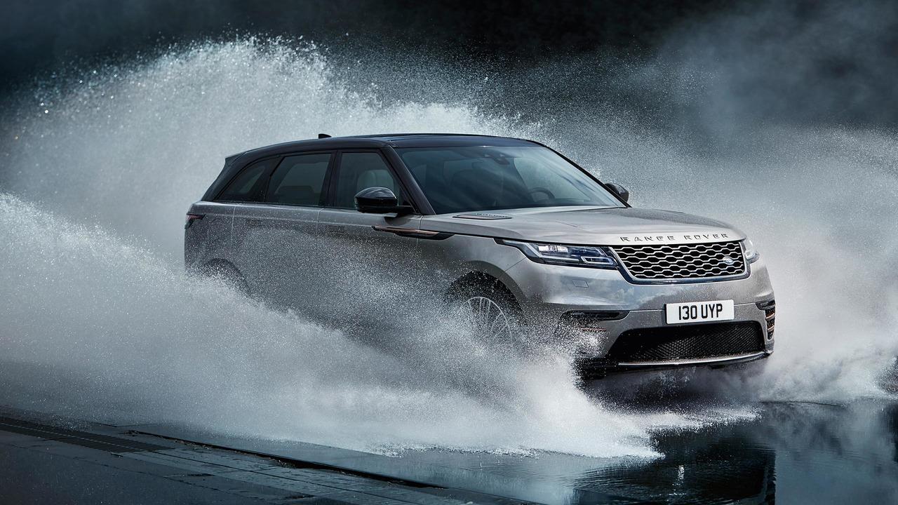 2017 Range Rover Velar - atravessa rio