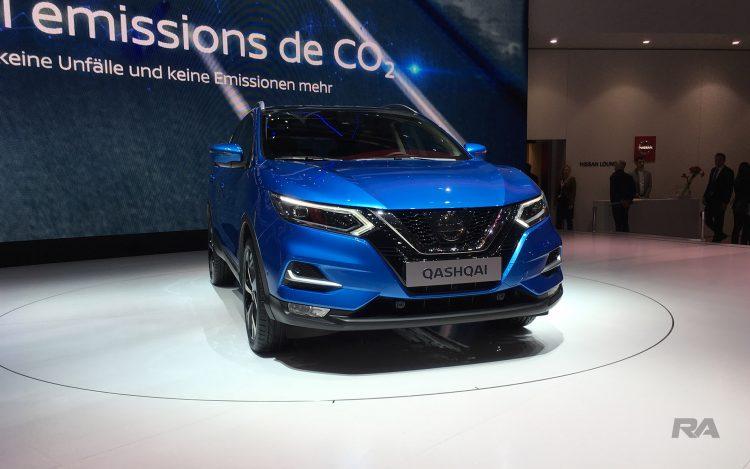 2017 Nissan Qashqai em Genebra - frente