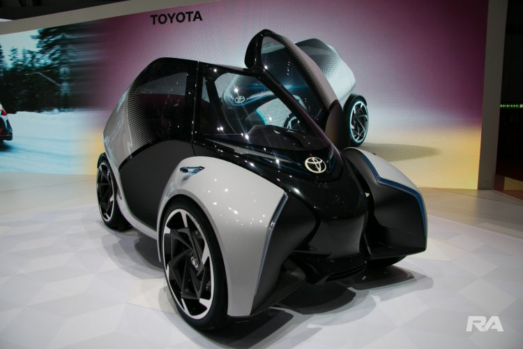 2017 Toyota i-Tril em Genebra
