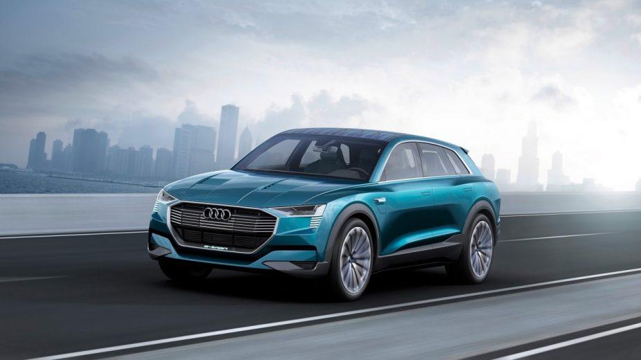 2016 Audi e-tron quattro