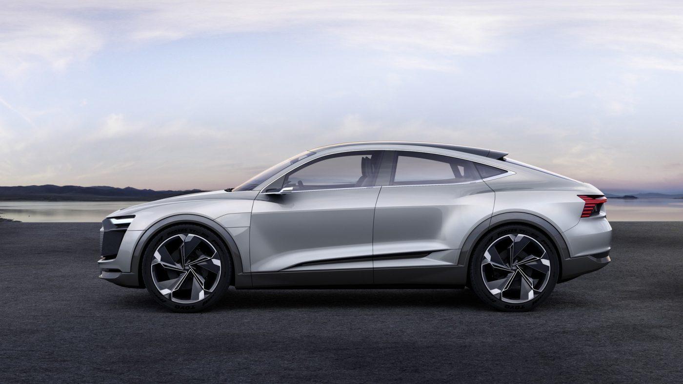 2017 Audi e-tron Sportback Concept elétricos