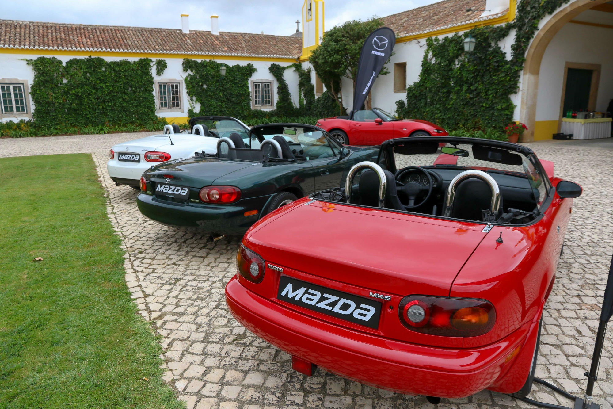 Mazda MX-5 NA, Mazda MX-5 NB, Mazda MX-5 NC, Mazda MX-5 ND