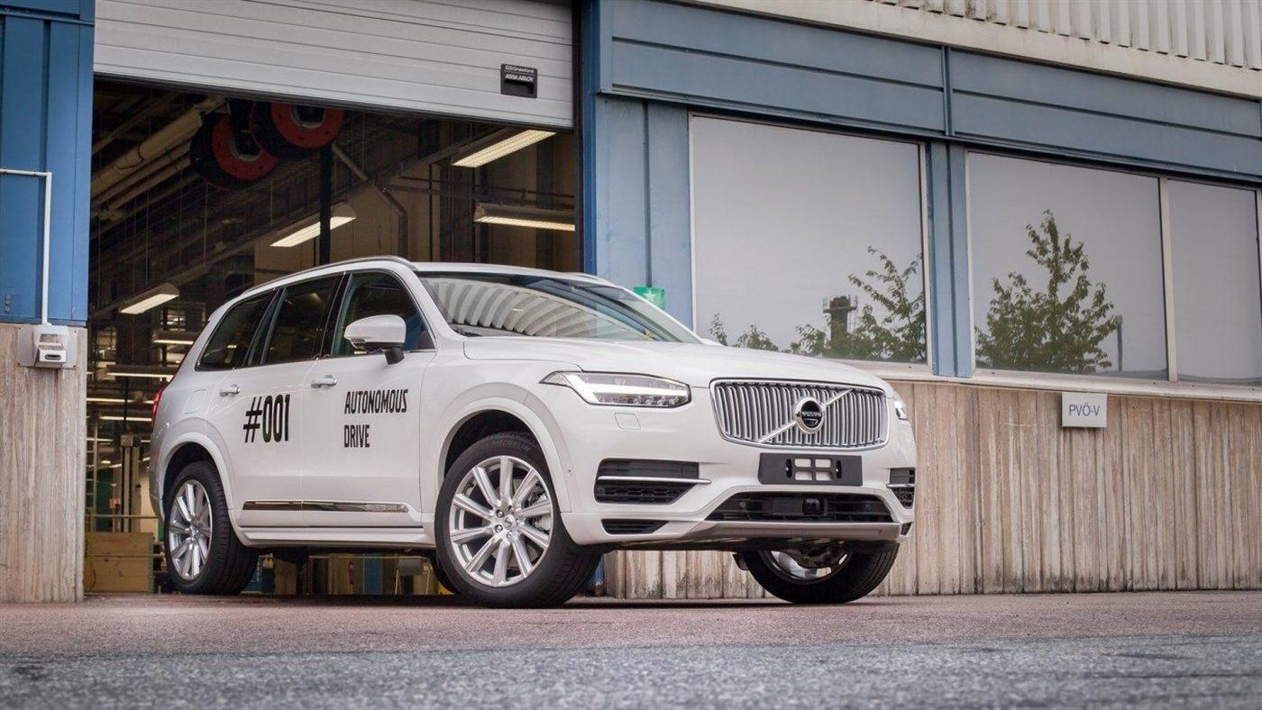 Volvo XC90 autónomo