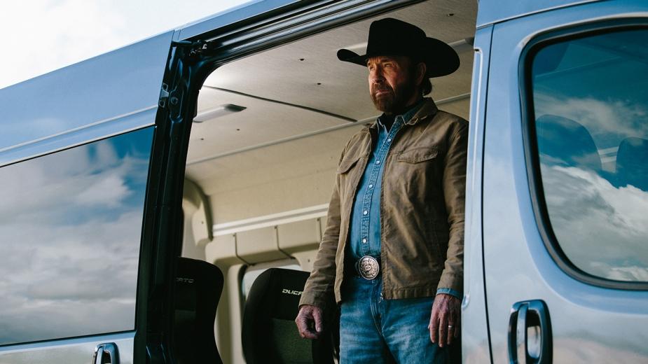Chuck Norris com Fiat Professional
