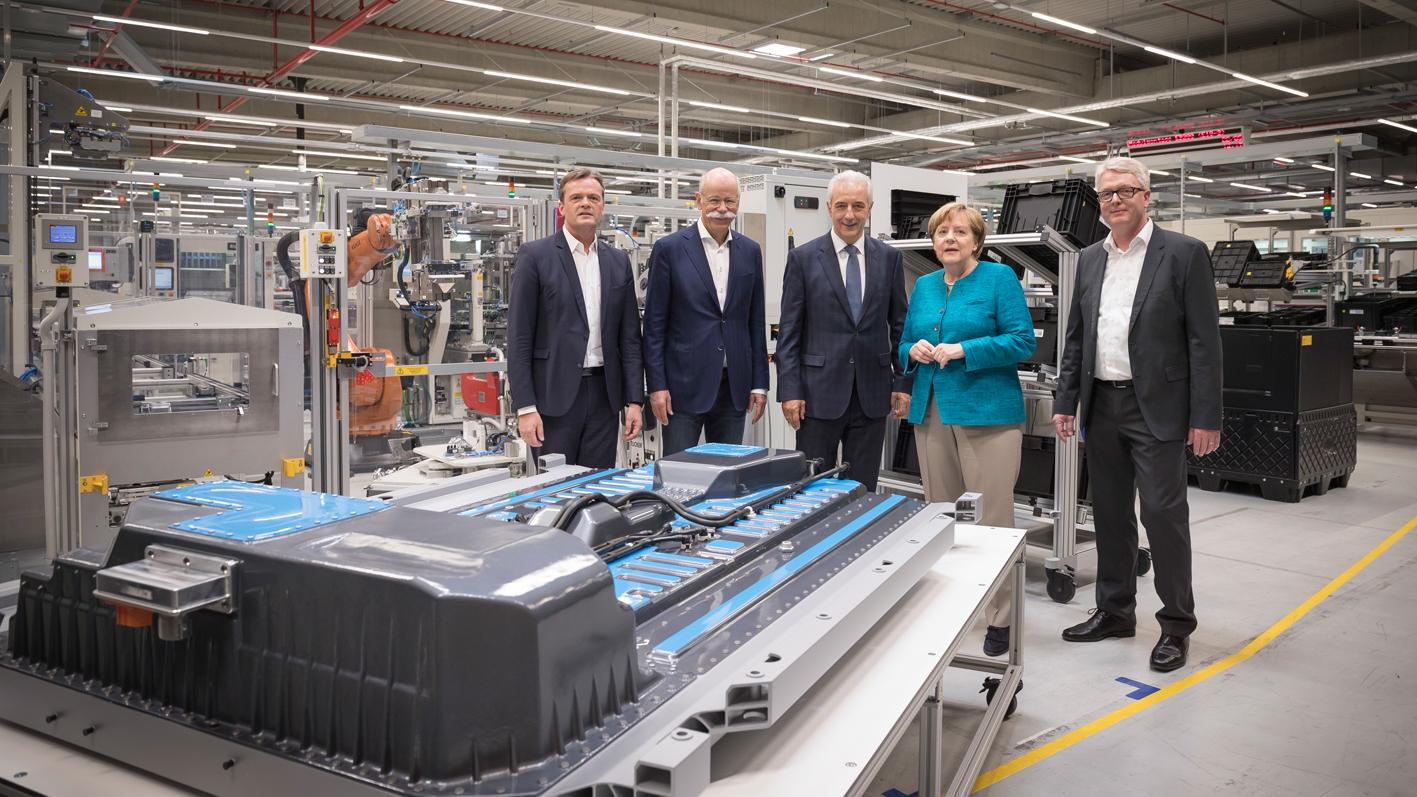 mega-fábrica da Mercedes-Benz