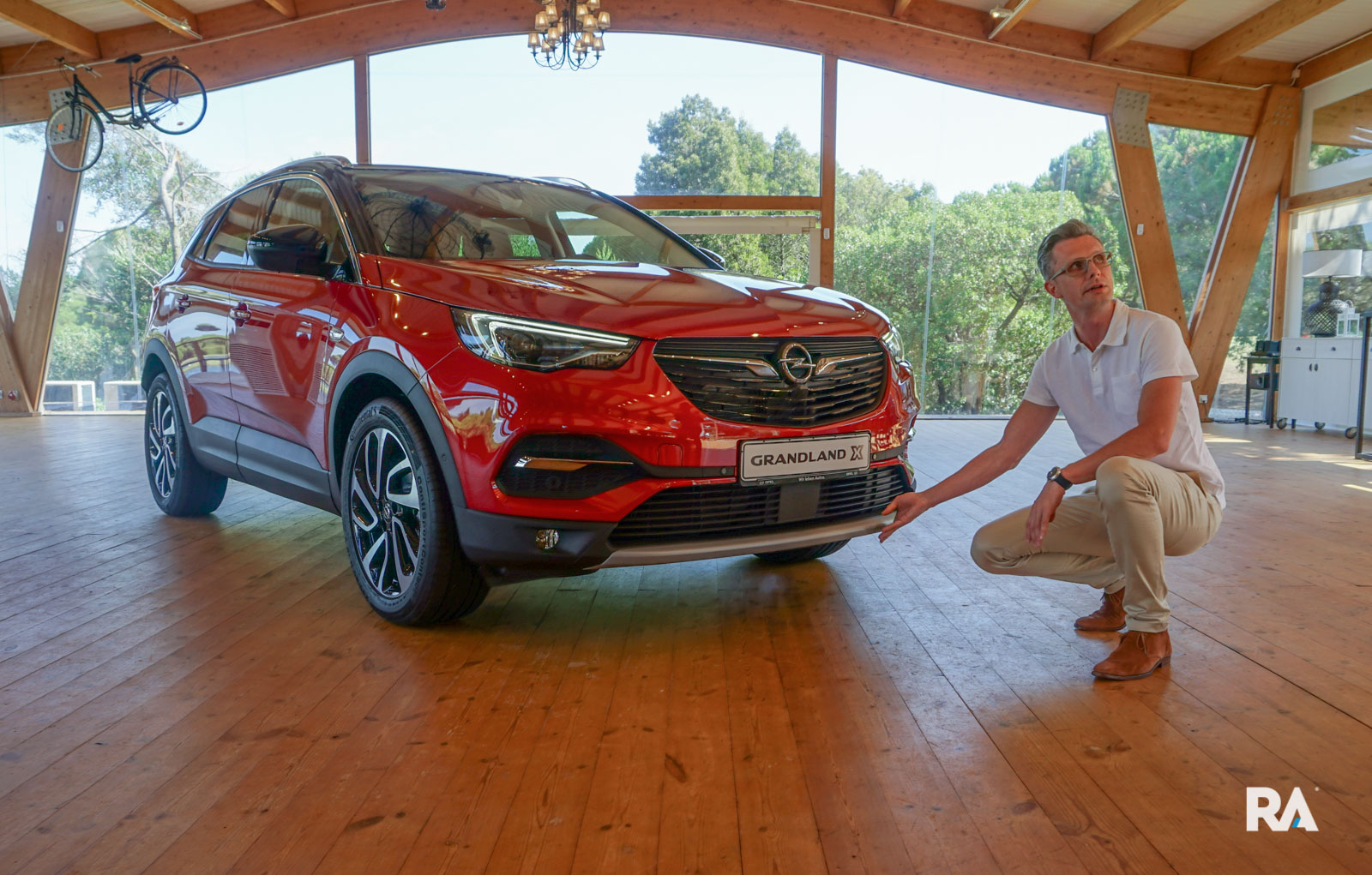 Fredrik Backman a descrever design do Opel Grandland X