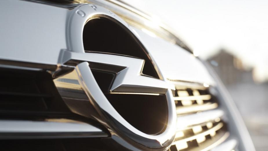 Logótipo Opel
