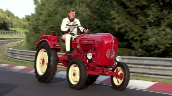 Porsche Junior no Nürburgring com Walter Röhrl